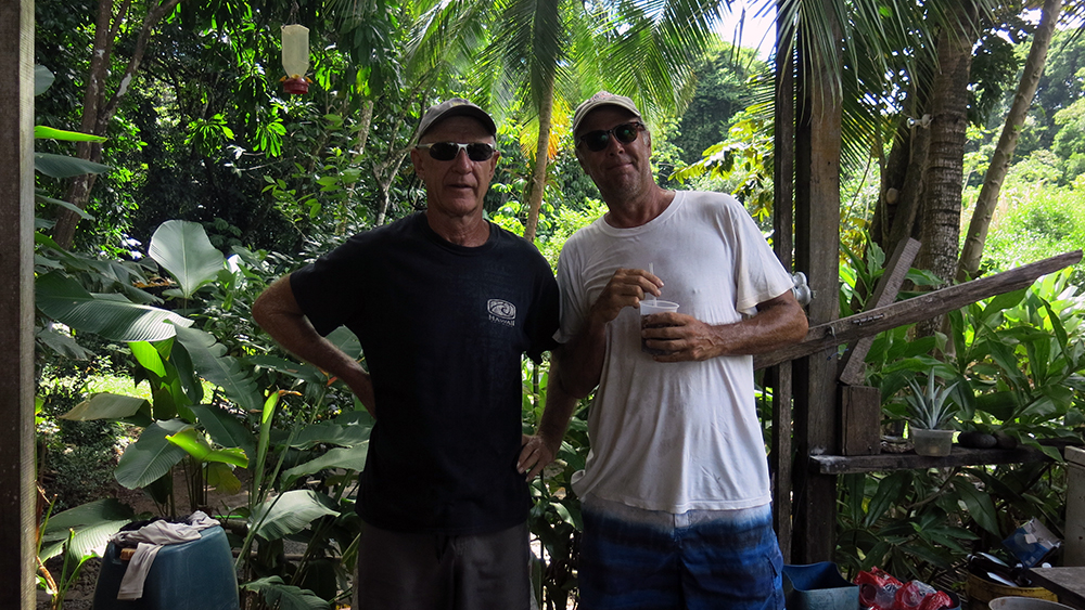Kevin from S/V Colmena and Neil at the tikki bar on I. Partida