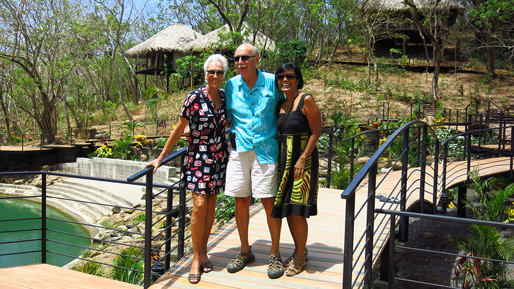 Renda and Ralph and a friend at Tree Casa resort